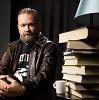 """Martynas Starkus: """"Savyje įveikiau skaitytojo godumą – knyga neturi dulkėti lentynoje, o keliauti iš rankų į rankas"""""""