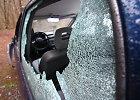Panevėžyje – išpuolis prieš urėdus: apvogti ir apdaužyti 6 automobiliai