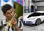Priedas prie titulo: Cristiano Ronaldo apdovanojo save 9 mln. eurų vertės mašina