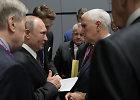 Singapūre susitikę V.Putinas ir M.Pence'as aptarė branduolinių pajėgų sutarties likimą