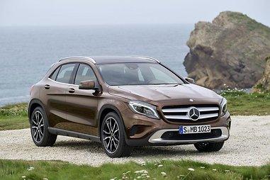 """Mercedes-Benz GLA"""