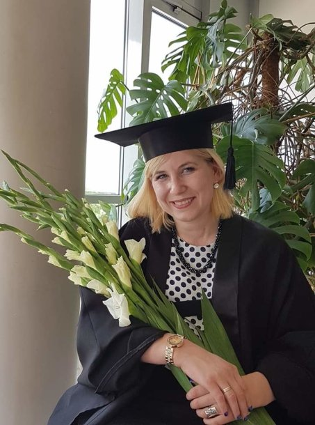 Sandra Buklienė, gavusi magistro laipsnį
