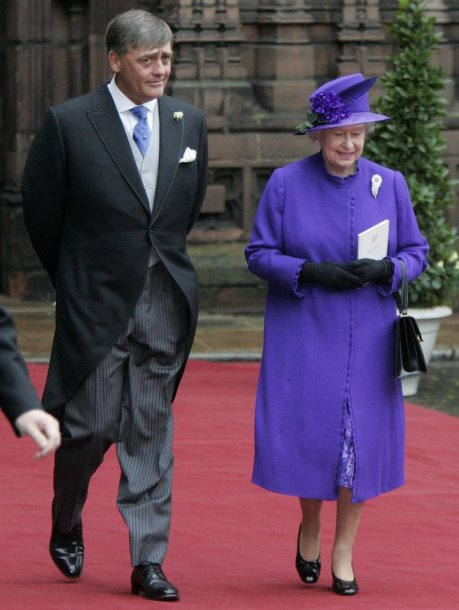 Vestminsterio hercogas Geraldas Cavendishas Grosvenoras ir karalienė Elizabeth II (2004 m.)