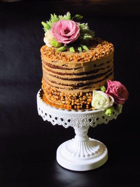 Šokoladinis karamelinis maskarponės sūrio tortas su kava