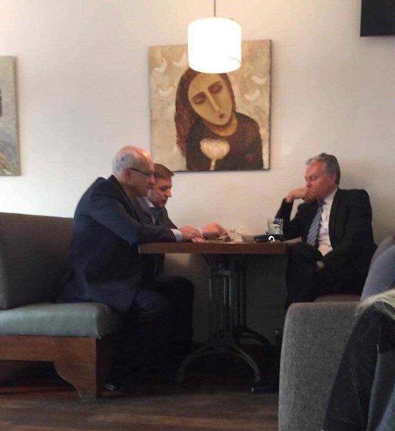 Gitanas Nausėda, Ramūnas Karbauskis ir Stasys Jakeliūnas
