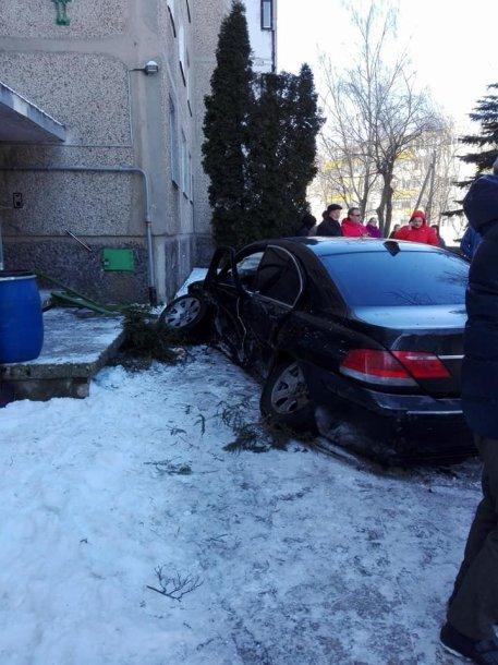 BMW avarija Marijampolėje