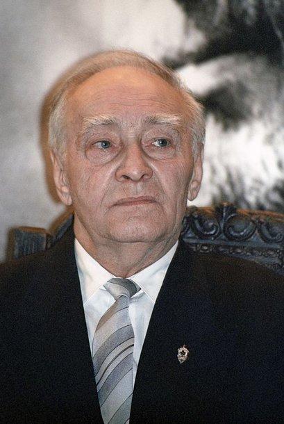 V.Tichonovas