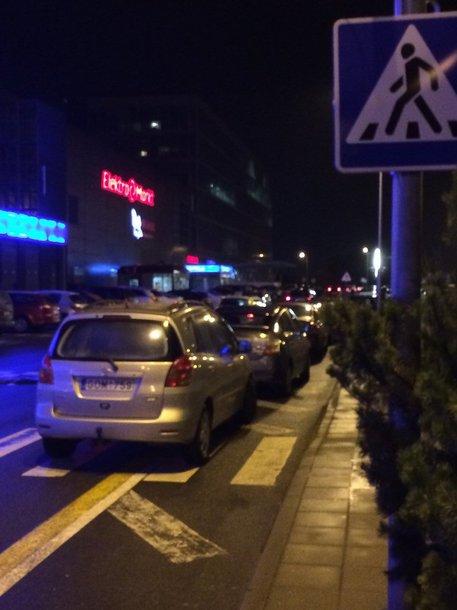 """Parkavimas prie Vilniaus \""""Akropolio\"""""""
