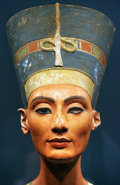 Garsusis karalienės Nefertitės biustas
