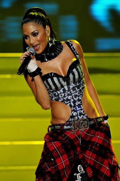 "Nicole Scherzinger ""The Pussycat Dolls"" lyderė."