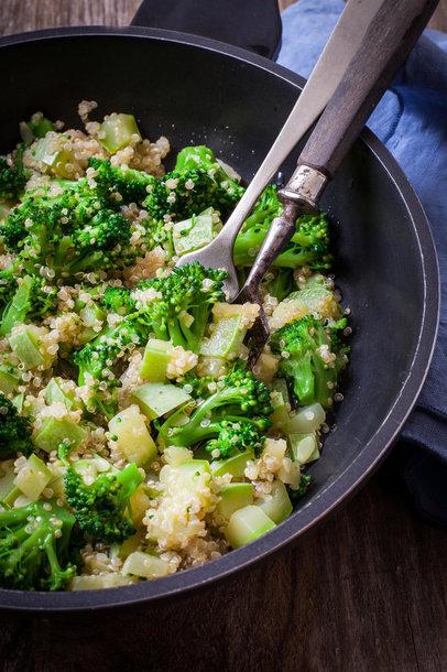 Brokolių ir bolivinių balandų salotos