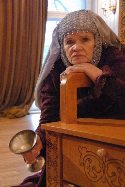 Spektaklyje Karalienę Boną įkūnys aktorė O.Dautartaitė.