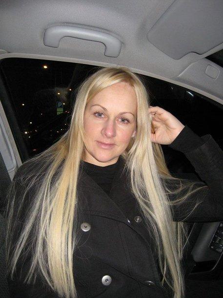 Foto naujienai: Diana Merfeldienė vėl ilgaplaukė!