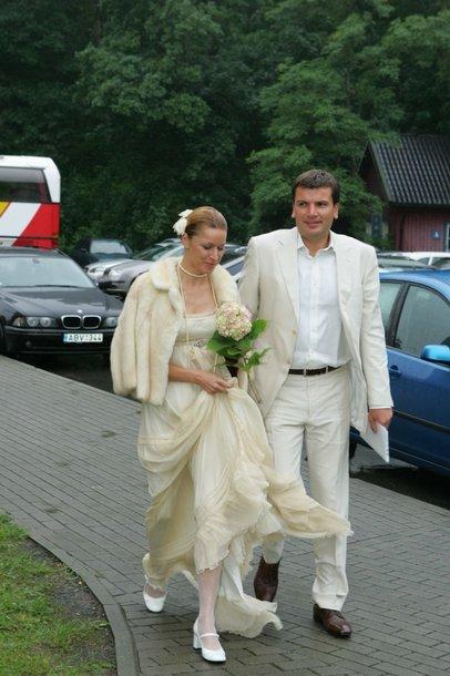 Foto naujienai: Aurelija Razmarataitė ir Darius Žakaitis susituokė trijų septynetų dieną - nuotraukų galerija