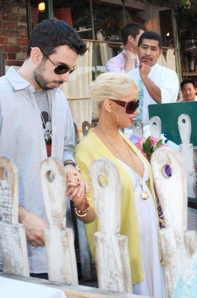 Foto naujienai: Christina Aguilera pagimdys dar šią savaitę?