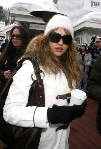 Foto naujienai: Jessica Alba bijo maitinti krūtimi