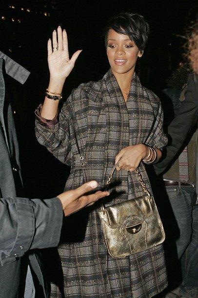 Foto naujienai: Rihanna labiau mėgsta draugauti su vyrais