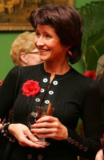 Foto naujienai: Laima Paksienė gimtadieniui pasidovanojo triušiuką