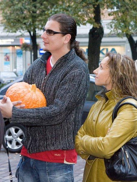 Foto naujienai: Asta Pilypaitė ir Linas Zareckas dalijasi turtą