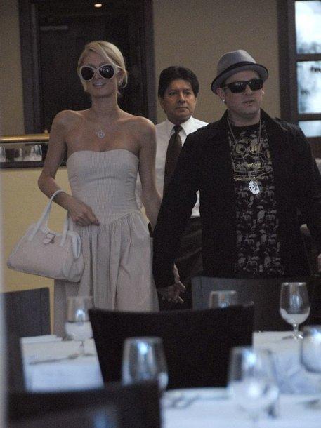 Foto naujienai: Benji Maddenas parašė meilės dainą Paris Hilton