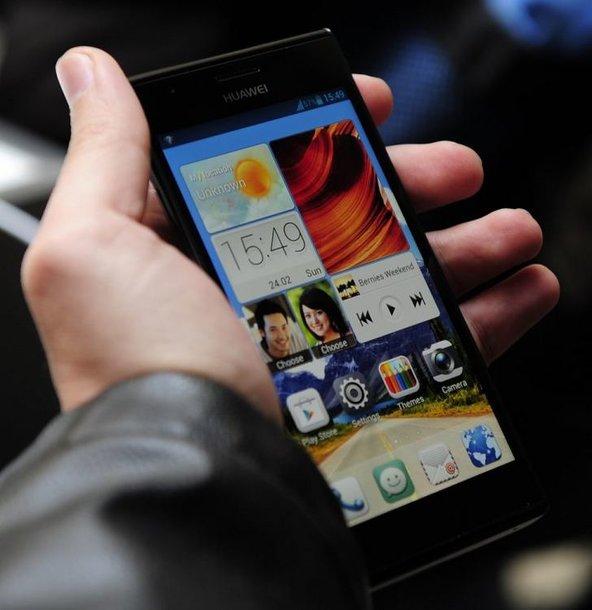 "Išmanusis telefonas ""Huawei Ascend P2"""