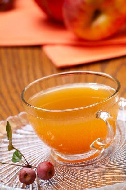 Jei kokteilis išėjo per tirštas, praskieskite jį apelsinų sultimis.