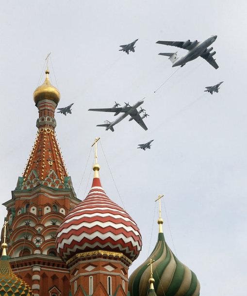 Репетиция парада ВВС РФ над Москвой.