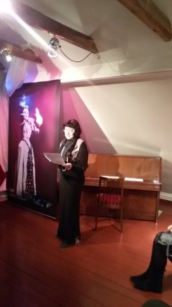 "Aktorė Kristina Kazakevičiūtė skaito ""Barborą"""