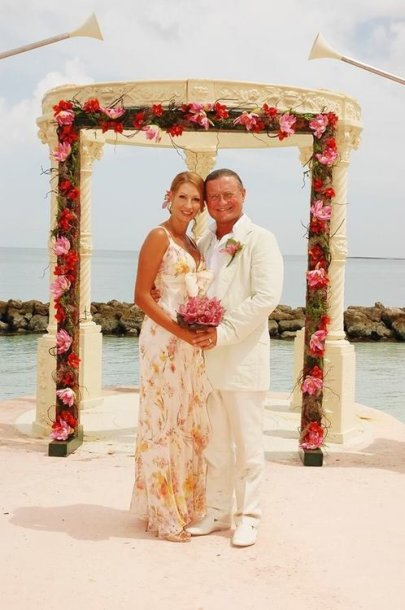 Daina ir Antanas Bosai per savo vestuves 2008-ųjų liepos 29 dieną Bahamose