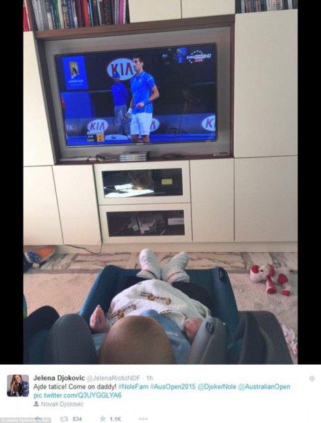 """Stefanas Džokovičius stebi tėvelio kovas """"Australian Open"""" turnyre"""