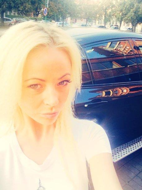 Vilija Pilibaitytė gavo dovanų BMW X6