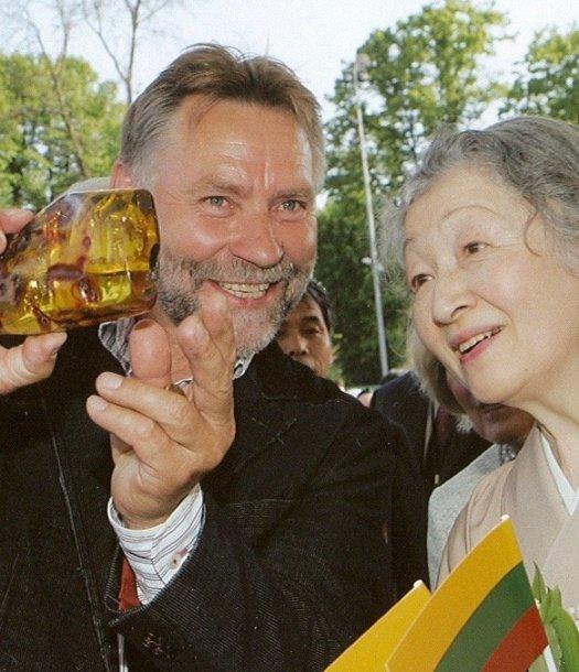Kazimieras Mizgiris su Japonijos imperatotiene Michiko