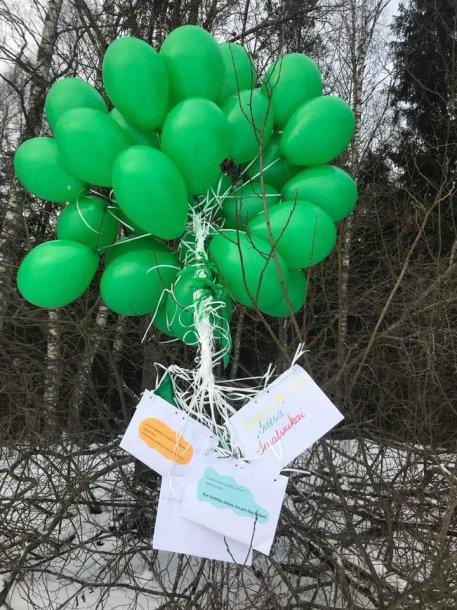 Kaune vaikų paleisti balionai nuskriejo iki Estijos.