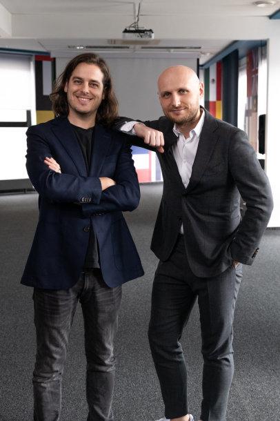 E.Sabaliauskas ir T.Okmanas