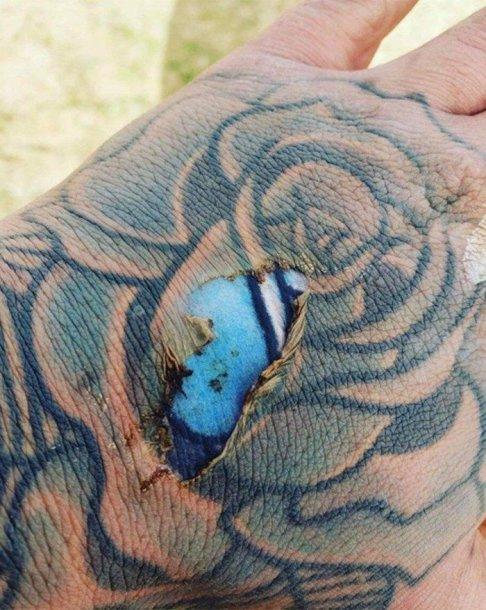 Nudegimo atšviežinta tatuiruotė