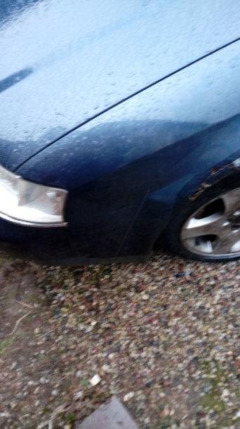 "Apgadintas ""Audi"" automobilis"