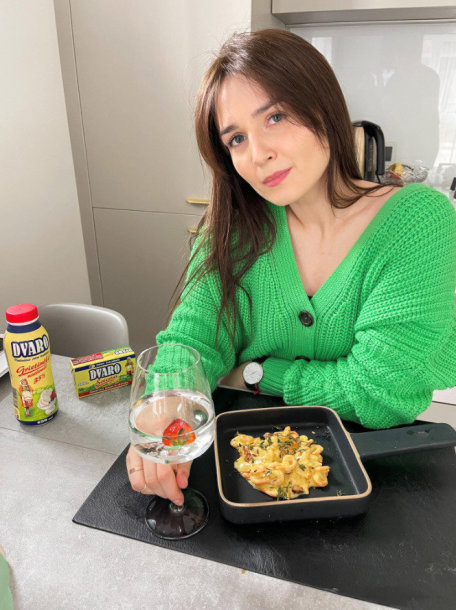 Kąsnis egzotikos lietuviškoje virtuvėje: krevetes Aistė ruošia pikantiškame grietinėlės padaže