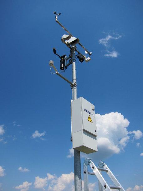 Kelio stebėjimo įranga